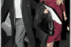 Name Claudia Schiffer's Bag!