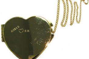 Rebecca Minkoff Heart Compact Giveaway