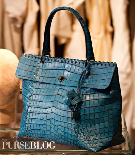 BV Delft Blue Cocco Lave Bag - $24,000