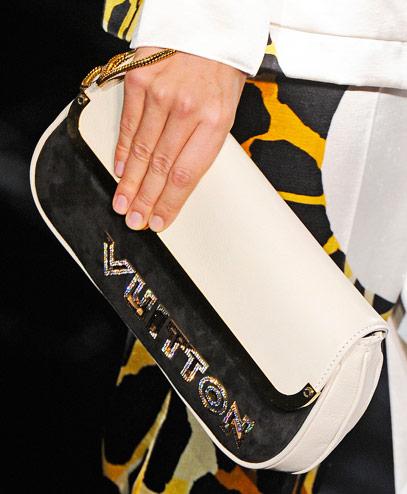 Vuitton الجديدةاحذيه وحقائب ماركه_louis vuitton حصريااشنط منLouis Vuittonشنط Louis Vuitton