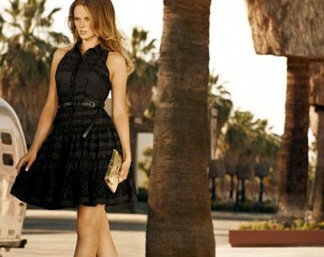 http://www.purseblog.com/images/2010/12/Vuitton-13.jpg