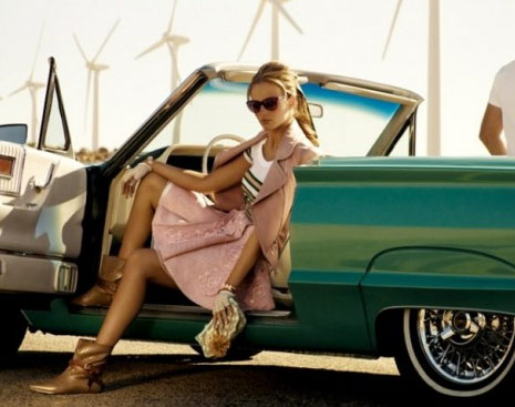 http://www.purseblog.com/images/2010/12/Vuitton-16.jpg