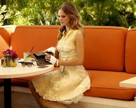 http://www.purseblog.com/images/2010/12/Vuitton-6.jpg