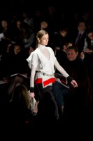 Mercedes-Benz Fashion Week NY: BCBGMAXAZRIA (20)