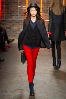 Mercedes-Benz Fashion Week NY - DKNY FW 2011-17