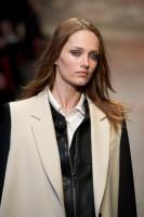Mercedes-Benz Fashion Week NY - DKNY FW 2011-2