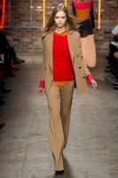 Mercedes-Benz Fashion Week NY - DKNY FW 2011-28