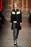 Mercedes-Benz Fashion Week NY - DKNY FW 2011-3