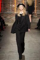 Mercedes-Benz Fashion Week NY - DKNY FW 2011-47