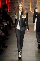 Mercedes-Benz Fashion Week NY - DKNY FW 2011-5