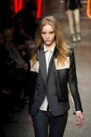 Mercedes-Benz Fashion Week NY - DKNY FW 2011-6