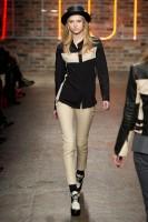 Mercedes-Benz Fashion Week NY - DKNY FW 2011-7