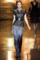 Mercedes-Benz Fashion Week New York- Badgley Mischka Fall 2011 (12)