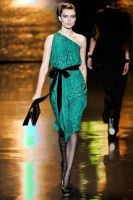 Mercedes-Benz Fashion Week New York- Badgley Mischka Fall 2011 (6)
