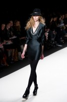 Mercedes-Benz Fashion Week NY: Rebecca Minkoff F/W 2011 (35)