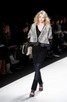 Mercedes-Benz Fashion Week NY: Rebecca Minkoff F/W 2011 (45)