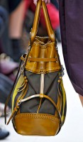 Burberry Spring 2012 Handbags (9)