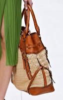 Burberry Spring 2012 Handbags (8)