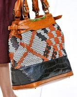 Burberry Spring 2012 Handbags (5)