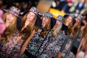 Mercedes-Benz Fashion Week New York: DKNY Spring 2012