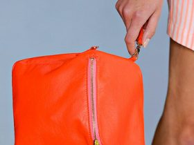 Marc by Marc Jacobs Spring 2012 Handbags (16)