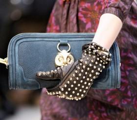 Burberry Prorsum Fall 2012 Handbags (16)