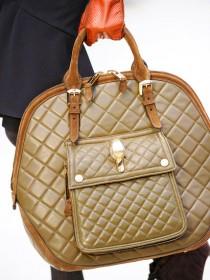 Burberry Prorsum Fall 2012 Handbags (17)
