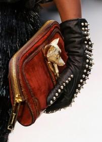 Burberry Prorsum Fall 2012 Handbags (19)
