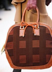 Burberry Prorsum Fall 2012 Handbags (21)