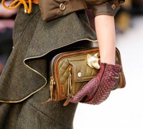 Burberry Prorsum Fall 2012 Handbags (24)