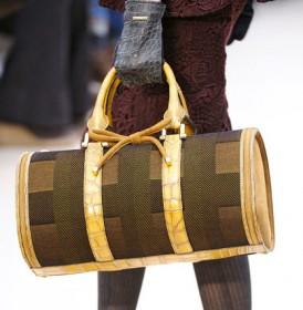 Burberry Prorsum Fall 2012 Handbags (28)