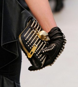 Burberry Prorsum Fall 2012 Handbags (3)