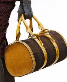 Burberry Prorsum Fall 2012 Handbags (29)