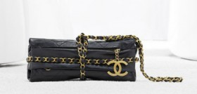 Chanel Spring 2012 Handbags (11)