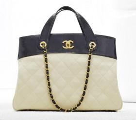 Chanel Spring 2012 Handbags (8)