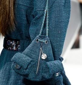 Chanel Fall 2012 handbags (1)
