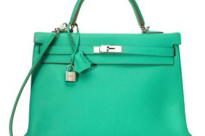 Holy Hermes, you guys: Moda Operandi's vintage sale is full of amazing Birkins and Kellys