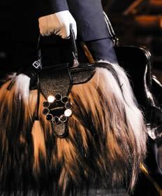 Louis Vuitton Fall 2012 Handbags (27)