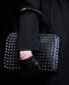 Valentino Fall 2012 Handbags (16)