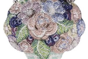 The cutest and most extravagant Flower Girl bag