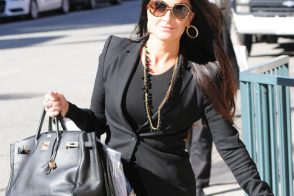 Real Housewife Kyle Richards carries a Birkin in Beverly Hills
