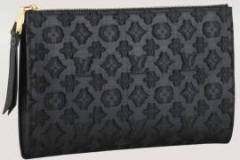Louis Vuitton Flat Zip Pochette