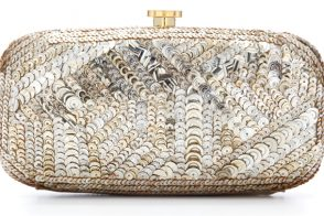 Oscar de la Renta glams up his clutch game