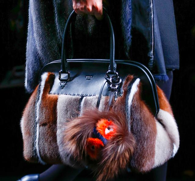 Fendi Fur Bags for Fall 2013 (15)