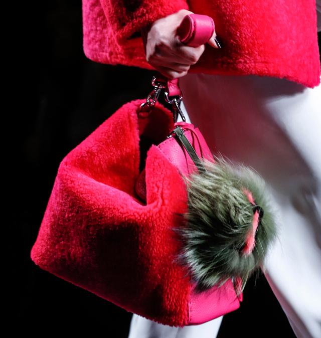 Fendi Fur Bags for Fall 2013 (16)