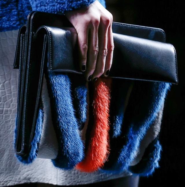 Fendi Fur Bags for Fall 2013 (18)
