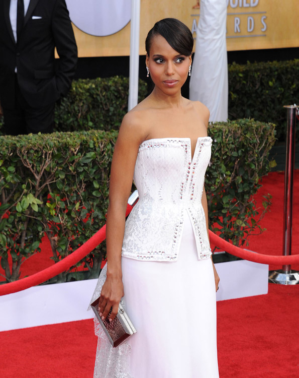 The Many Bags of Kerry Washington (27)
