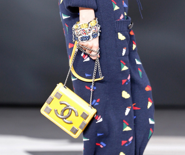 Chanel Fall 2013 Runway Handbags (10)