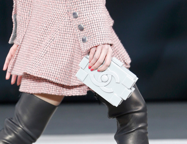 Chanel Fall 2013 Runway Handbags (30)