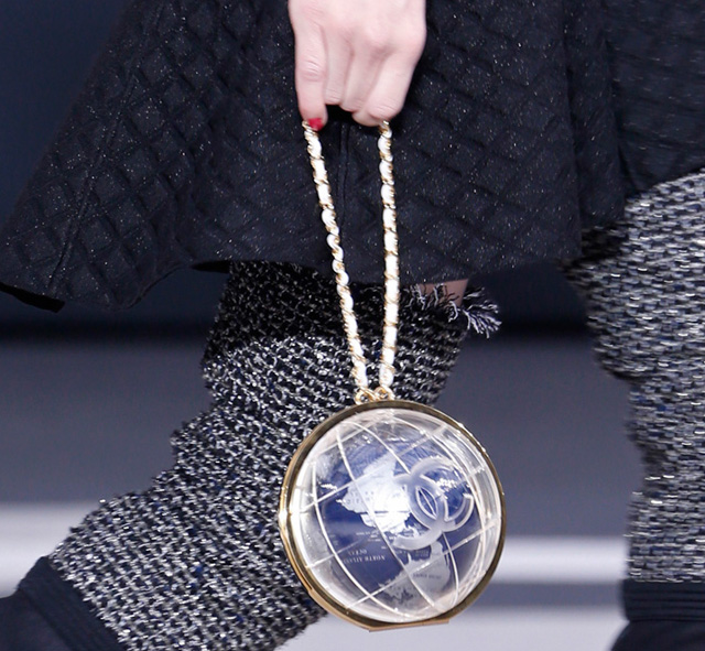 Chanel Fall 2013 Runway Handbags (32)